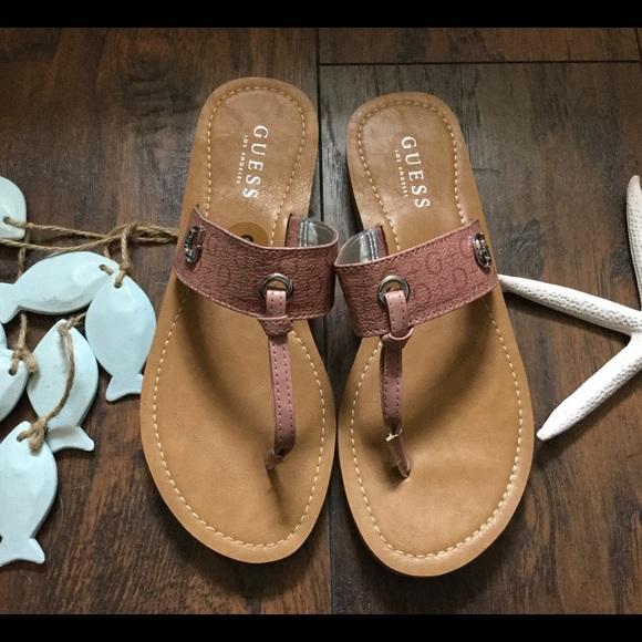 21965408e1e2 Super cute sandals